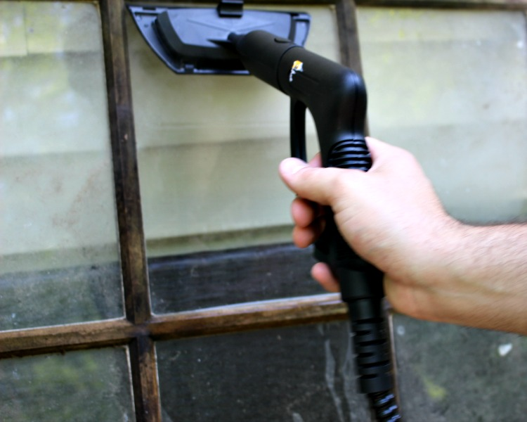 autoright cleaning window