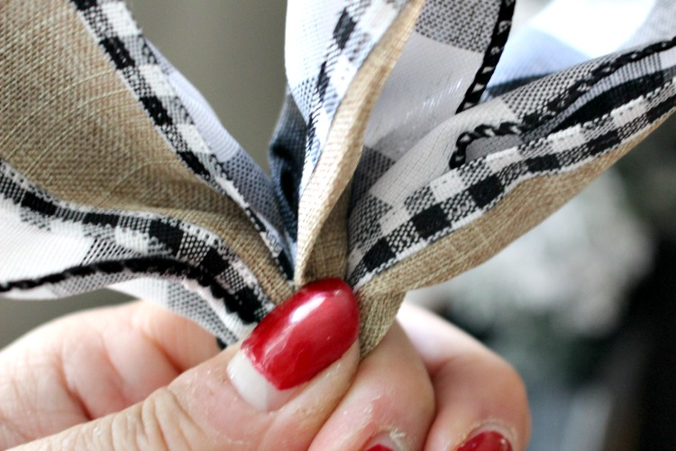 buffalo check ribbon bow tutorial