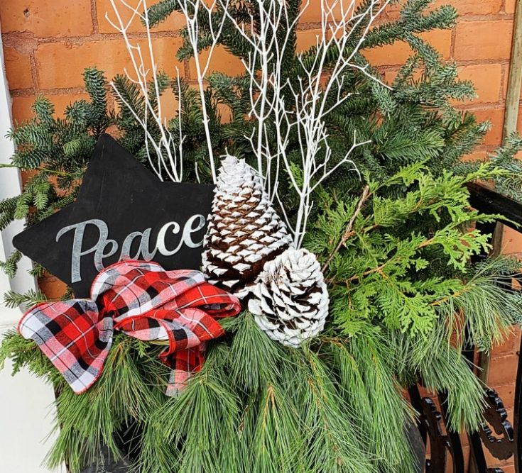 Our (Almost!) DIY Christmas Outdoor Decor! · design inside the box