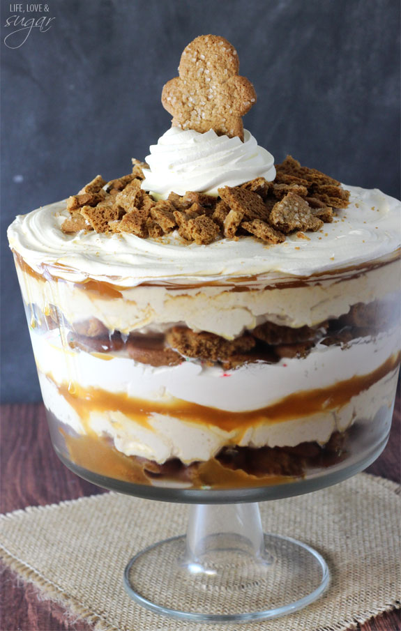 Gingerbread Cheesecake Trifle | No-Bake Christmas Dessert