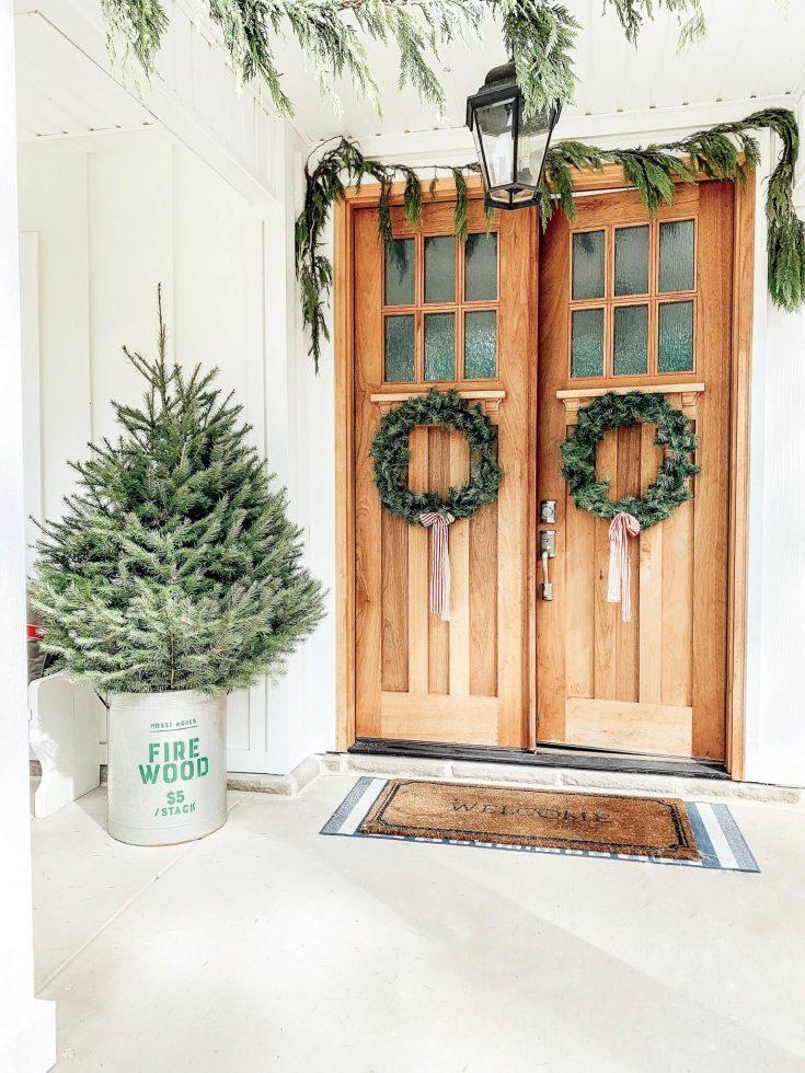 Create a Scandinavian Christmas Wreath