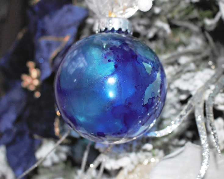 alcohol ink ornament on tree