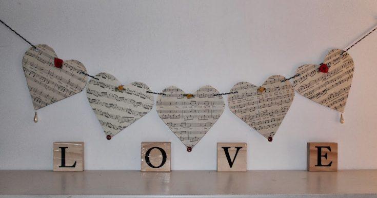 Simple Black & White Heart Banner