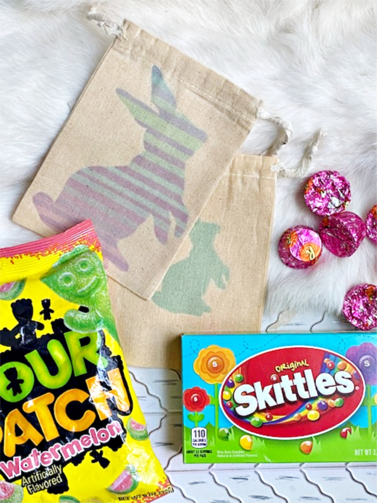 bunny treat bags with candy