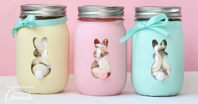 Easter Bunny Mason Jars: an adorable and easy Easter craft!