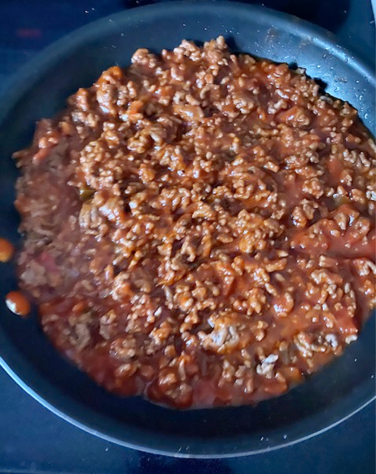 sloppy joe mixture in pan