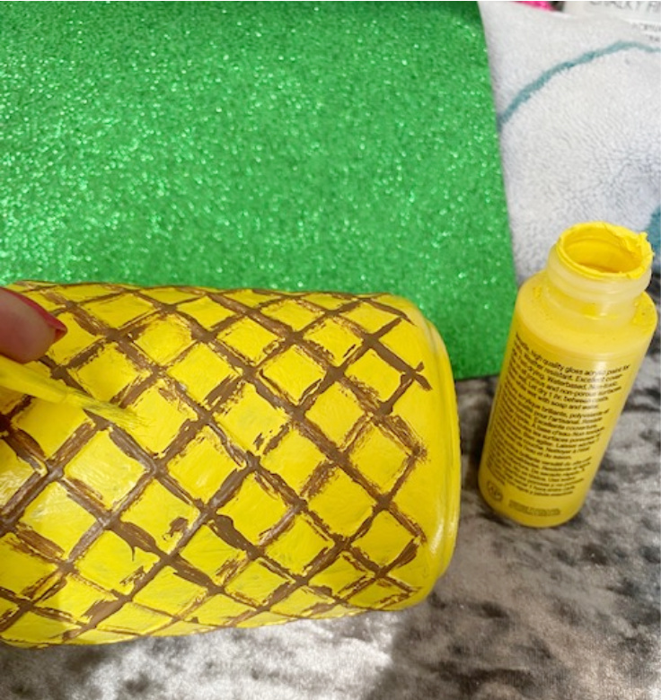 pineapple jar with yellow paint