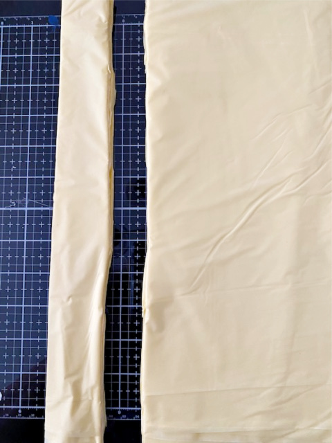 tablecloth cut lengthwise