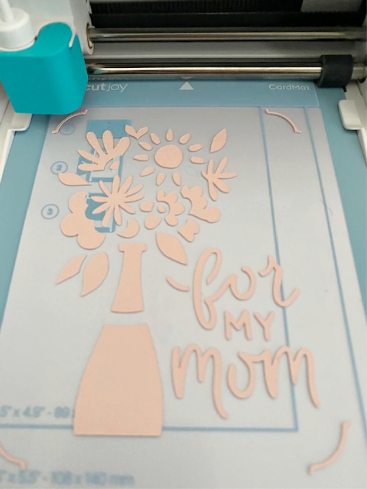 cricut joy card on mat