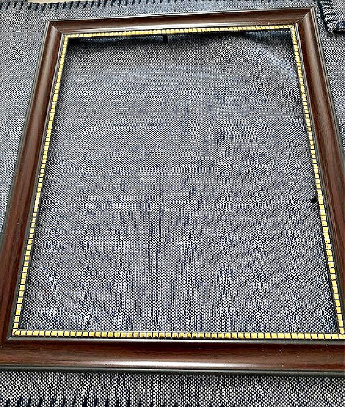 empty frame