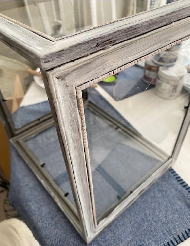 4 picture frames glued together