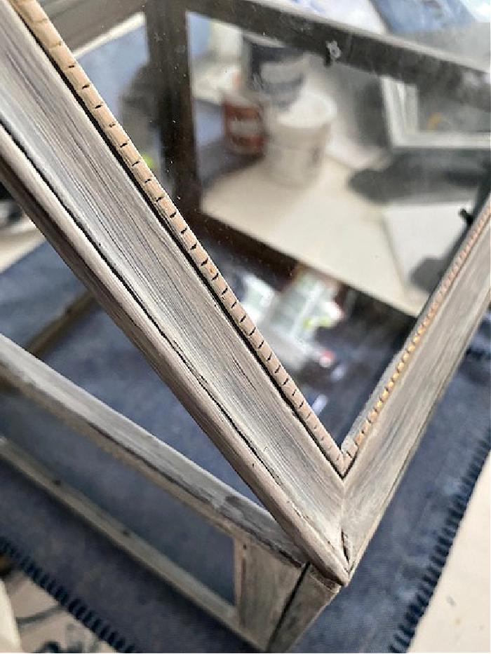 peak of picture frame terrarium