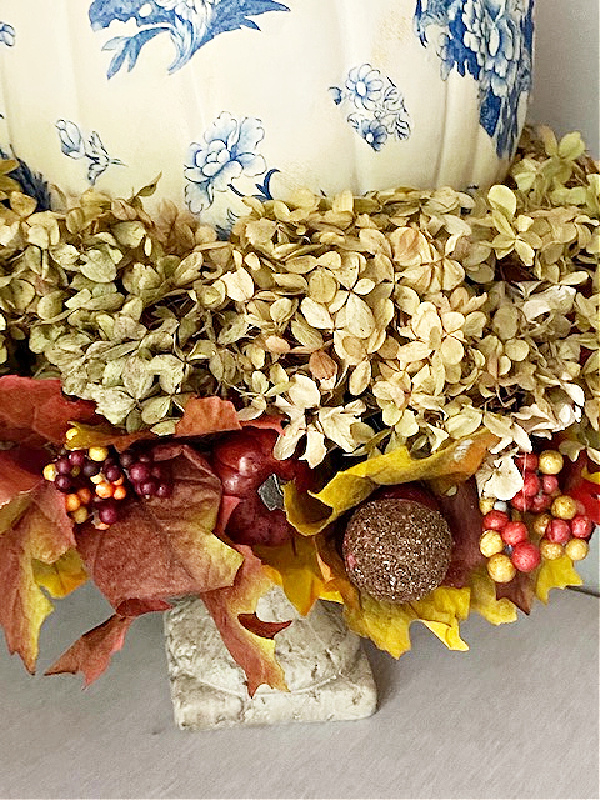 fall leaves and hydrangeas centerpiece