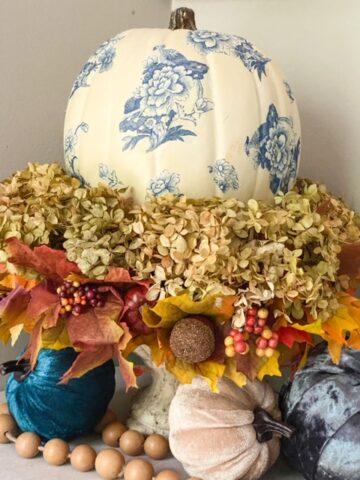 white pumpkin hydrangea fall centerpiece