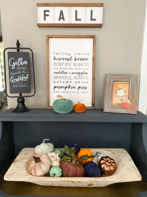 decocrated on fall buffet