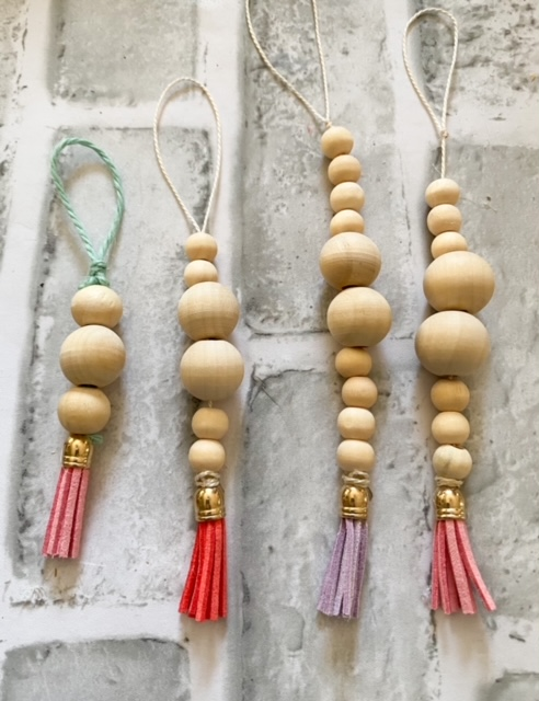 set of 4 Christmas ornaments wooden beads