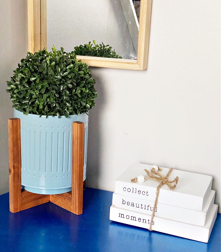 planter from decocrated spring box