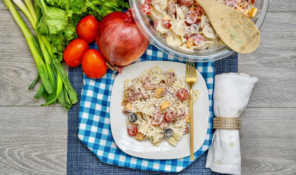 Bacon Cheddar Ranch Pasta Salad plated