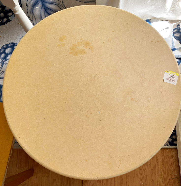 thrift store round table before makeover