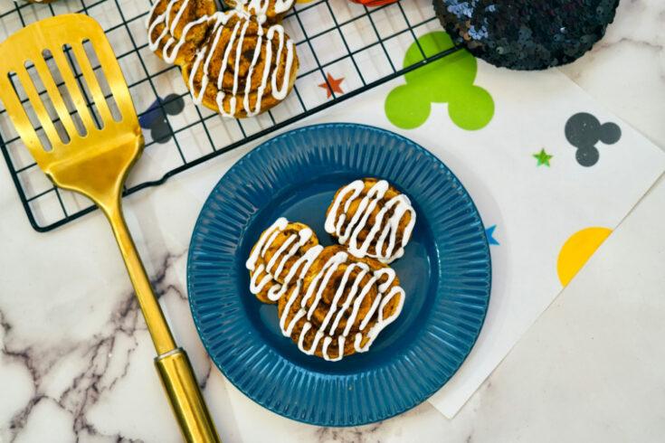 Adorable Air Fryer Mickey Cinnamon Rolls on blue plate