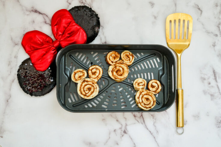 mickey mouse cinnamon rolls on air fryer pan